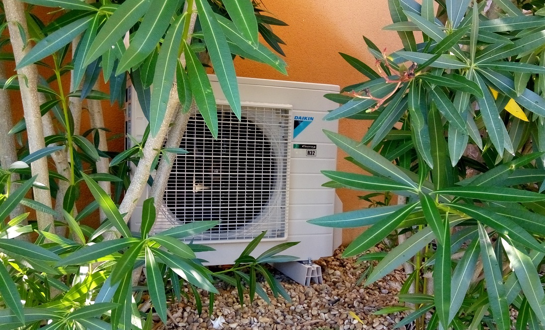 installation de climatisation daikin r32 a lorgues